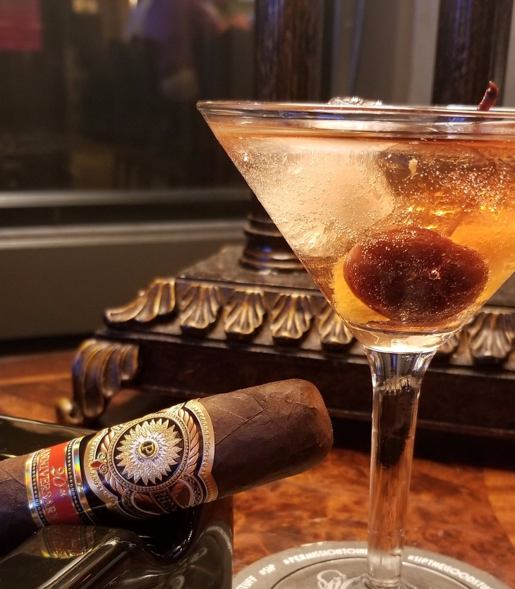 Phantom Cocktail and Perdomo 20th Maduro Pairing